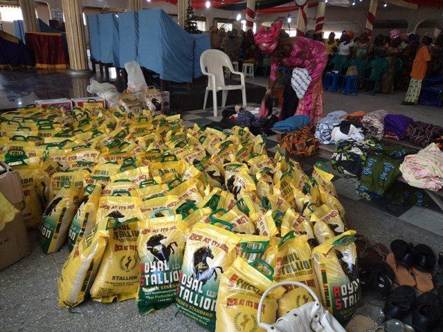307255557DGI-LAGOS-2011-DEC-0222